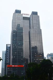 城市高楼大夏建筑图片