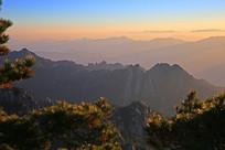 云雾弥漫的黄山风景区