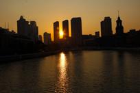 城市夕阳剪影