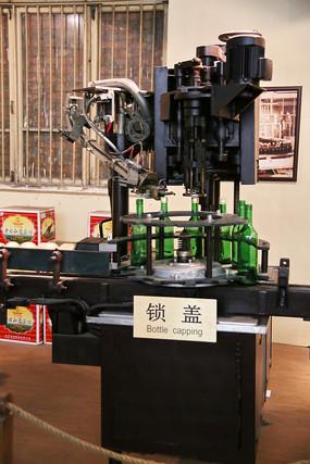 近代红酒制作工艺锁盖