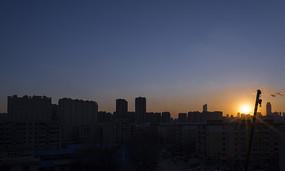 日落下的城市