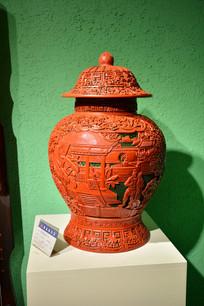 木雕庭院人物花纹檀木罐