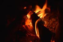 燃烧的柴火