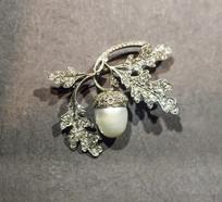 树叶形珍珠饰品