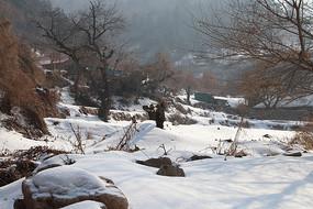 冬天山区农村