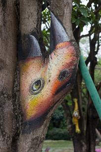 树干卡通绘画之犀牛