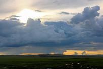 呼伦贝尔大草原的天空