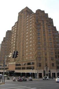 上海外滩高大的砖楼大厦