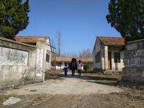 小学校园背景
