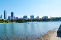 美丽的广场湖面风景