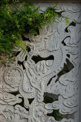 石雕龙图案