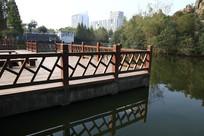 水边木道台