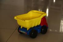 小朋友玩具车