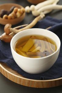 养生珍味菌汤