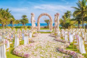 花艺草坪婚庆布置