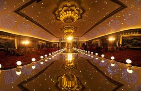 婚礼华丽舞台灯光布置