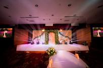 结婚舞台灯光设计