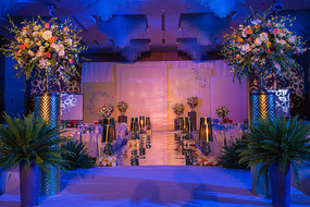 蓝紫婚礼舞台灯光设计