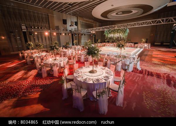 婚庆宴席舞台布置图片