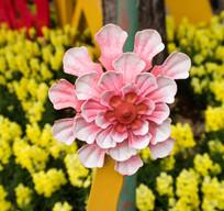 粉红色的纸花