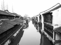 乌镇水乡水上建筑风光手机黑白摄影