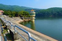 水坝的景色