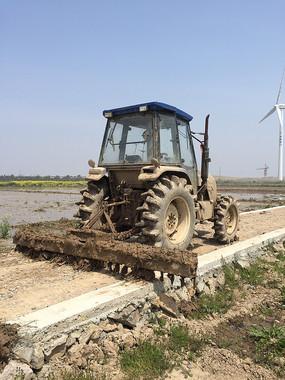 农业耕地机