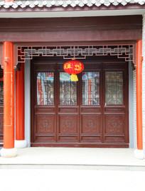 中式门庭建筑