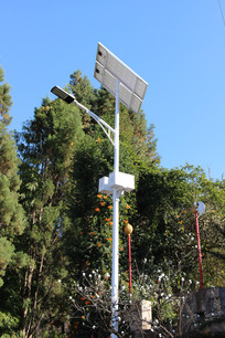 绿色环保的太阳能路灯