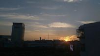 夕阳天空图片