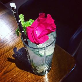 玫瑰莫吉多