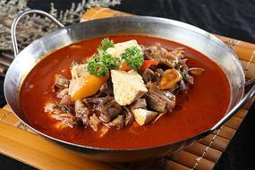 锅仔羊头肉炖豆腐