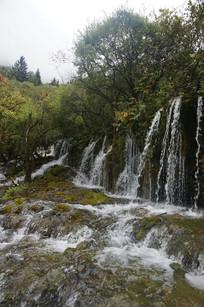 美丽景色瀑布群