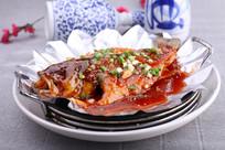 铁板烧汁鲈鱼