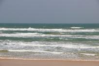 海南文昌月亮湾海浪