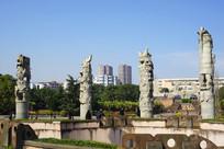生肖广场十二生肖雕塑群