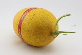 一个贴标签的哈密瓜