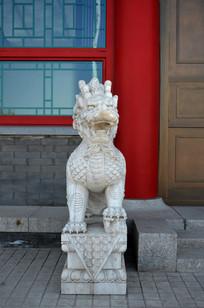 母狮子雕像