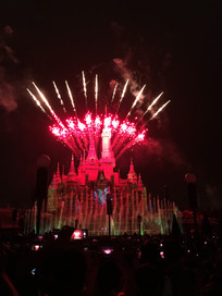 上海迪士尼乐园烟花表演