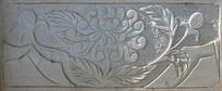 石桥上的菊花雕刻图案