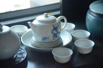 白瓷茶具组