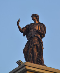 雕像欧洲皇室男子像