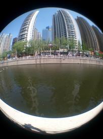 青岛河边的建筑风景