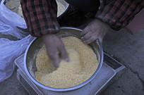 玉蜀黍制作膨香酥