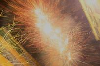 节日里的喜庆焰火