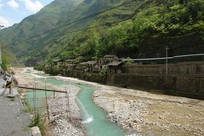 后溪河从重庆巫溪宁厂古镇流过