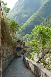 重庆巫溪宁厂古镇狭长的石板小路