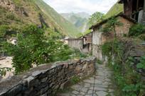 重庆巫溪宁厂古镇蜿蜒的小路