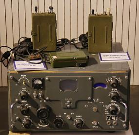 七十年代军用对讲电话