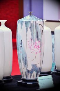 精美陶瓷花瓶
